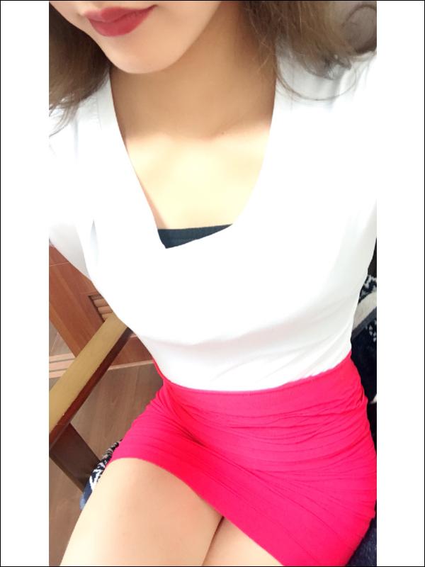 ★必見★トップクラスの美貌と可愛さ【りおセラピスト(25)】施術レベルは最高級!